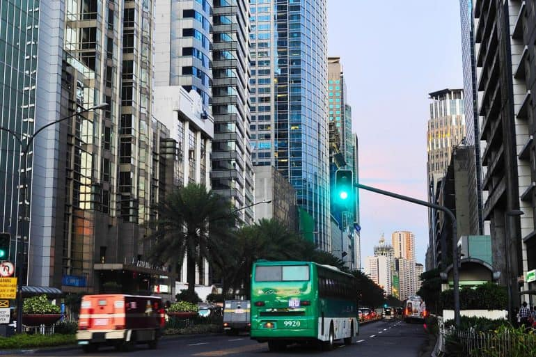 Image of city streets in Manila business district representing the use of implementing rules and regulations for the Philippines Data Privacy Act (RA 10173)