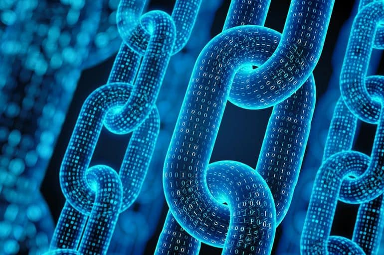 Image of chains of bits signifying blockchain and the future of how the technology will be the new antivirus