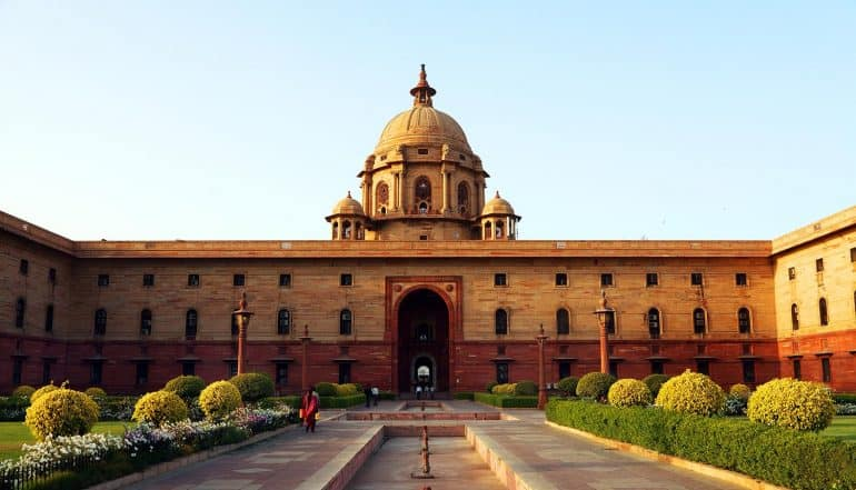 Indian government buildings in New Delhi signifying the new proposal for India's data protection law