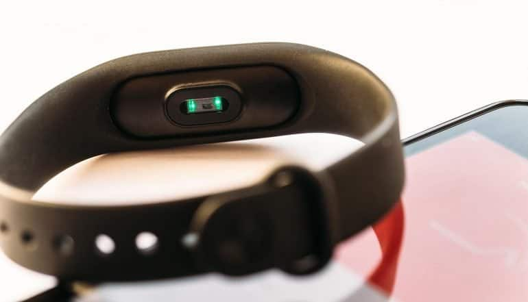 Fitness activity tracker and smartphone shows implication of health data privacy