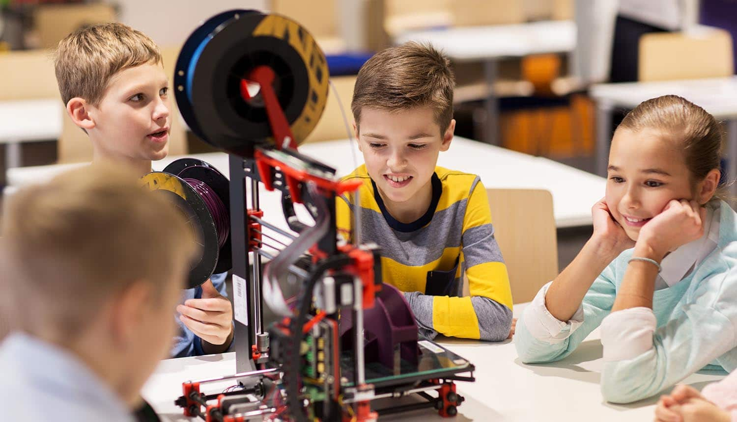 Children in robotic class showing the impacts of data protection and GDPR on U.K. schools and educational establishments