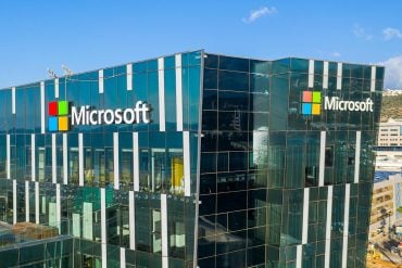 Picture of Microsoft building showing a Microsoft data breach which exposed 250 million customer service records