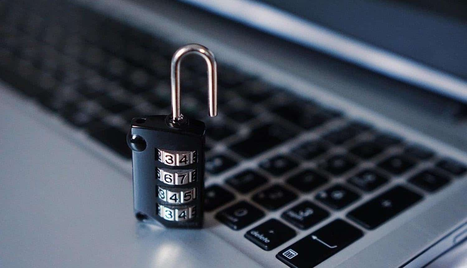 Lock on a keyboard showing how CS students can be better hackers