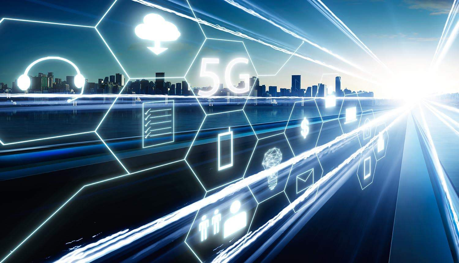 5G icon with other virtual technology icons showing how 5G networks can change an enterprise's security threat model