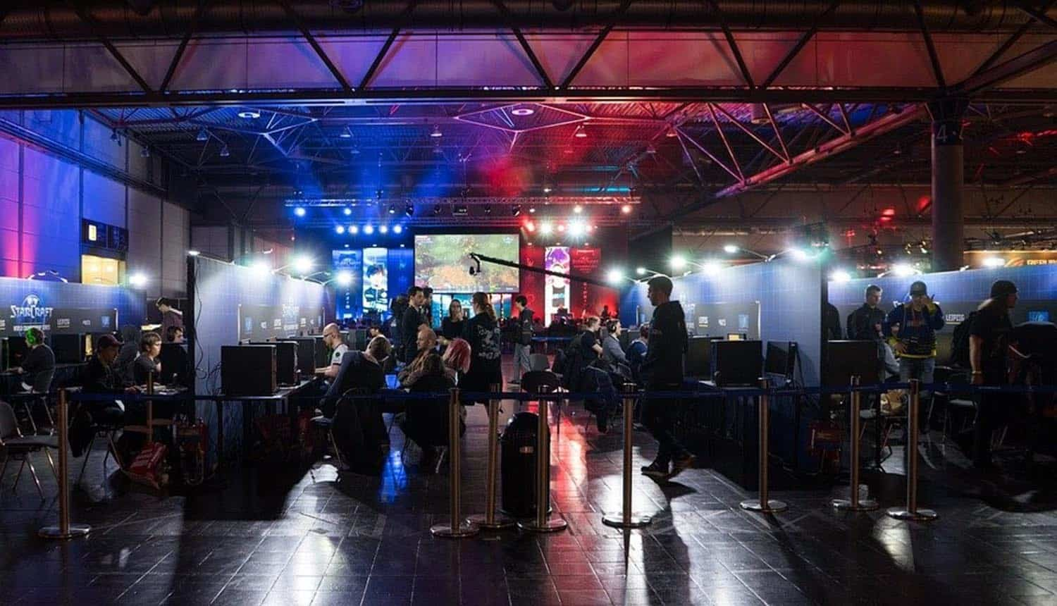 Players in eSports competition