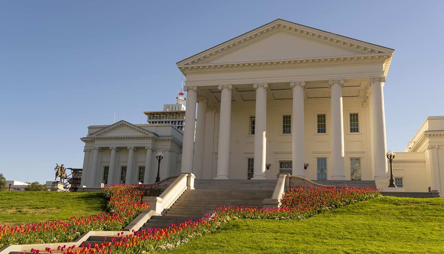 Virginia capital building in Richmond showing new consumer privacy law