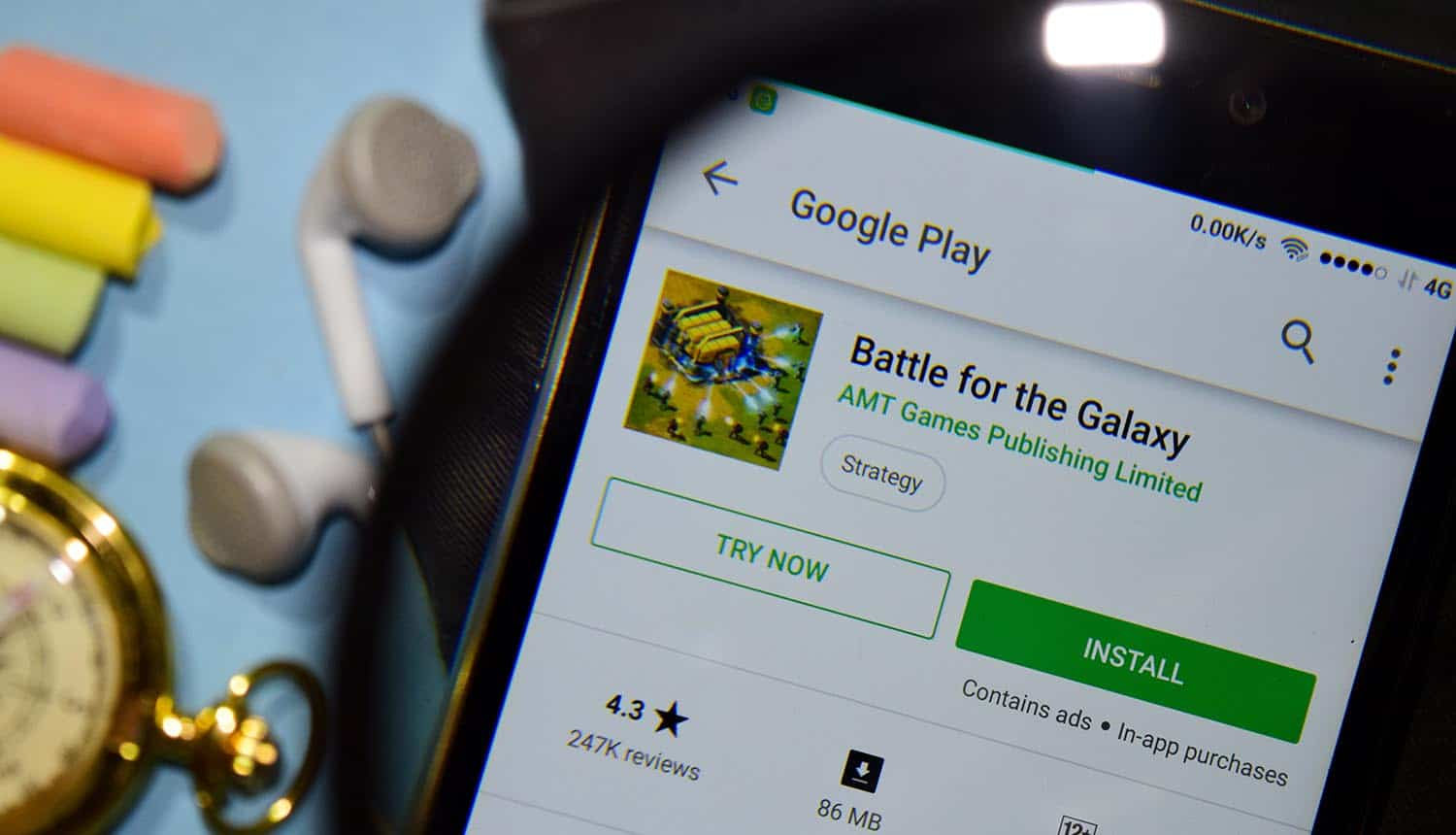 Battle for the Galaxy app with on smartphone screen showing game developer data leak