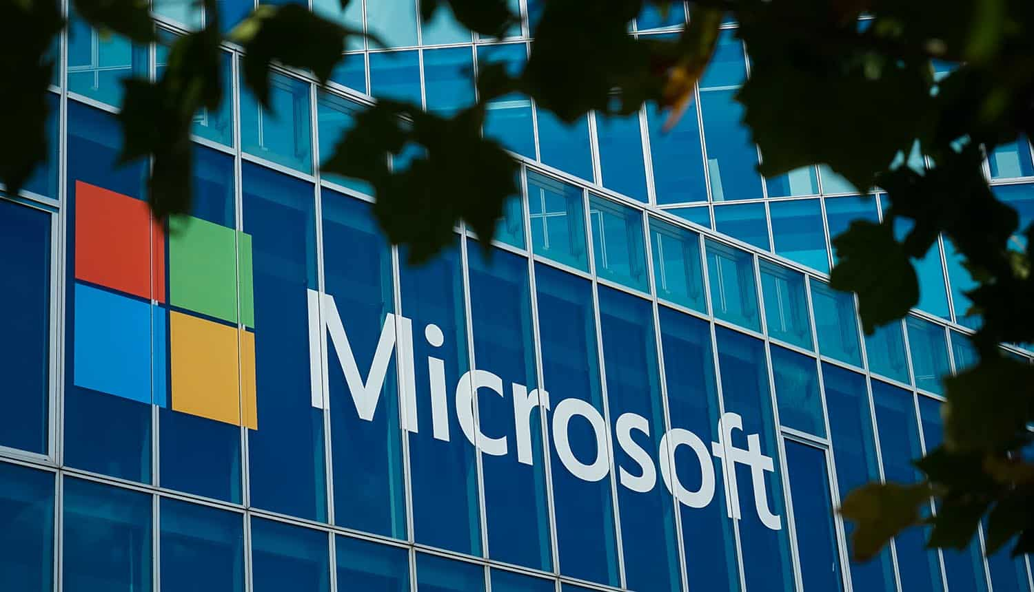 Microsoft building showing data leak from Microsoft Power Apps
